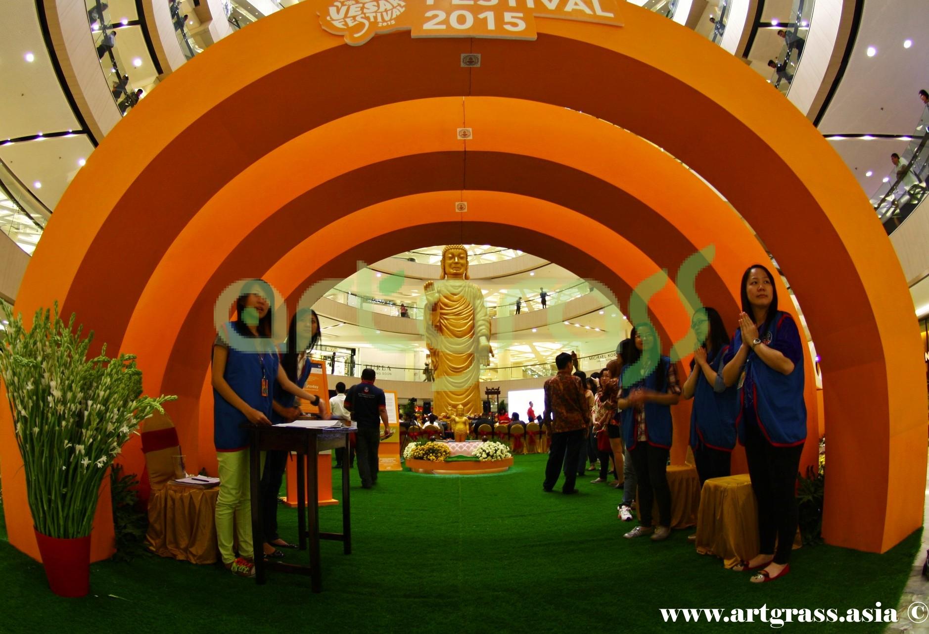 ArtGrass-At-Vesak-Festival-2015-Main-Atrium-Tunjungan-Plaza-28Mei-2015-MainEntrance