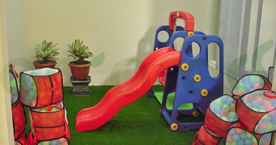 Rumput Sintetis ArtGrass Taman Bermain Anak