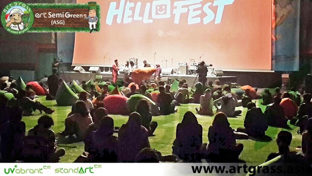 rumput-sintetis-artgrass-hellofest-jakarta-2016