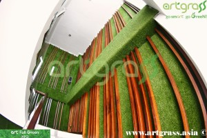 ArtGrass-Dinding-Stairway-W2Lt1-Tampak-Bawah-Atas-Rumput-Sintetis