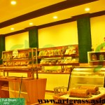 Rumput-Sintetis-ArtGrass-Dinding-Toko-Roti