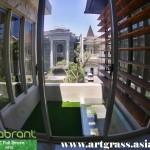 Rumput-Sintetis-Dekorasi-ArtFullGreen-Balkoni-Dek-Atas-Rumah