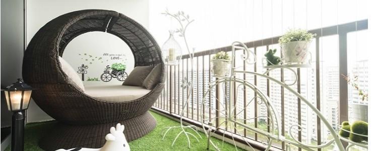 Ada Balkon di Rumah? Ini Cara Mendekorasinya – Sumber: rumah.com